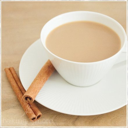 coffee with cinnamon - Kaffee mit Zimt