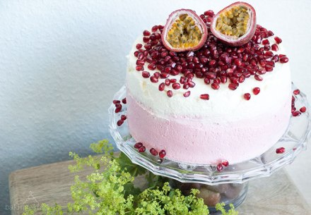 fruity vanilla cake