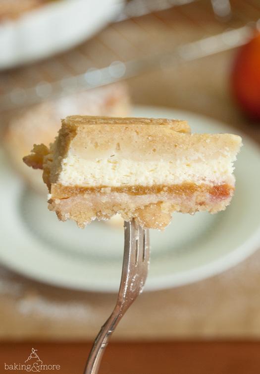 Kaesekuchen-Nektarinen-Tarte mit Streuseln