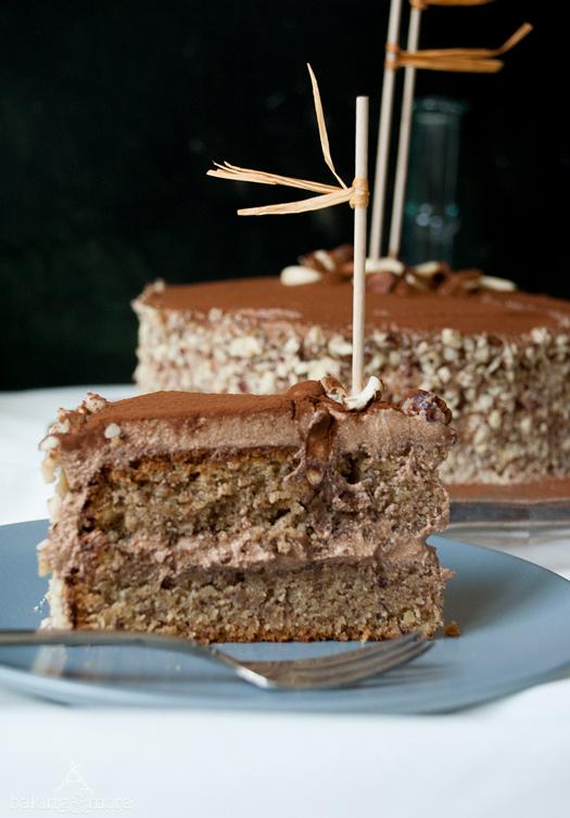 Glutenfreie Nusstorte Mit Kakao Ahornsirup Frischkase Buttercreme