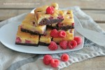 blondie-brownie-mit-himbeeren