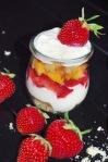 Erdbeer-Mango Glasdessert mit Ricottacreme 1